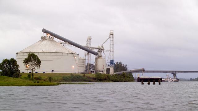 Bunge llega al acuerdo de vender 35 elevadores de grano en EUA