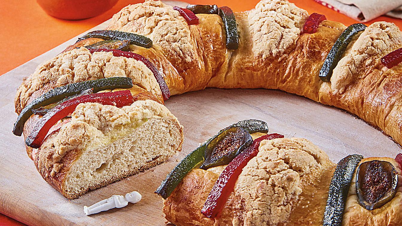 Traditional Rosca de Reyes cake.