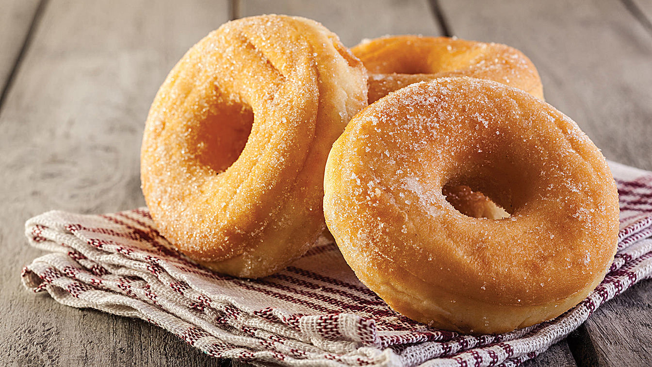 Donut cake, also known as instant donut.