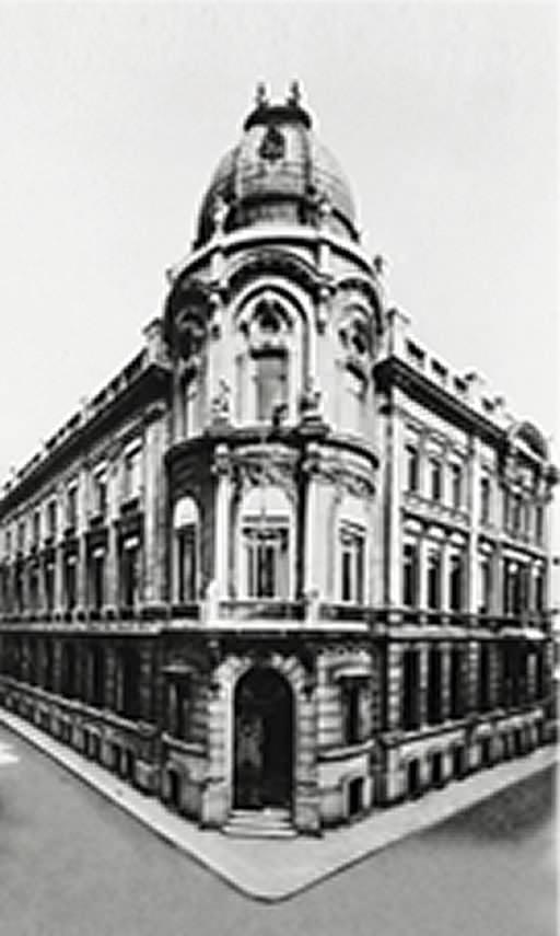 Edouard Bunge transfère l'entreprise à Anvers pour le commerce des denrées.